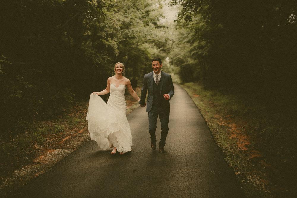 katmalonephoto_the_grove_denton_wedding_103.jpg