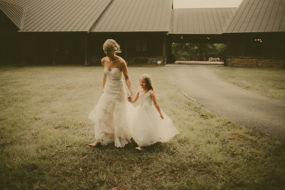 katmalonephoto_the_grove_denton_wedding_151.jpg