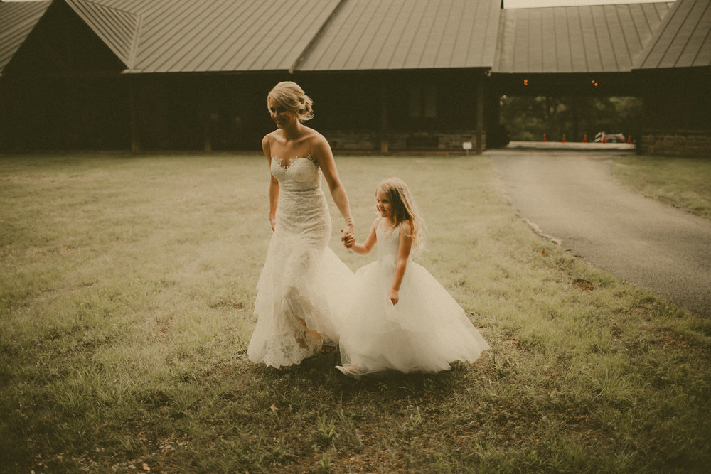 katmalonephoto_the_grove_denton_wedding_152.jpg