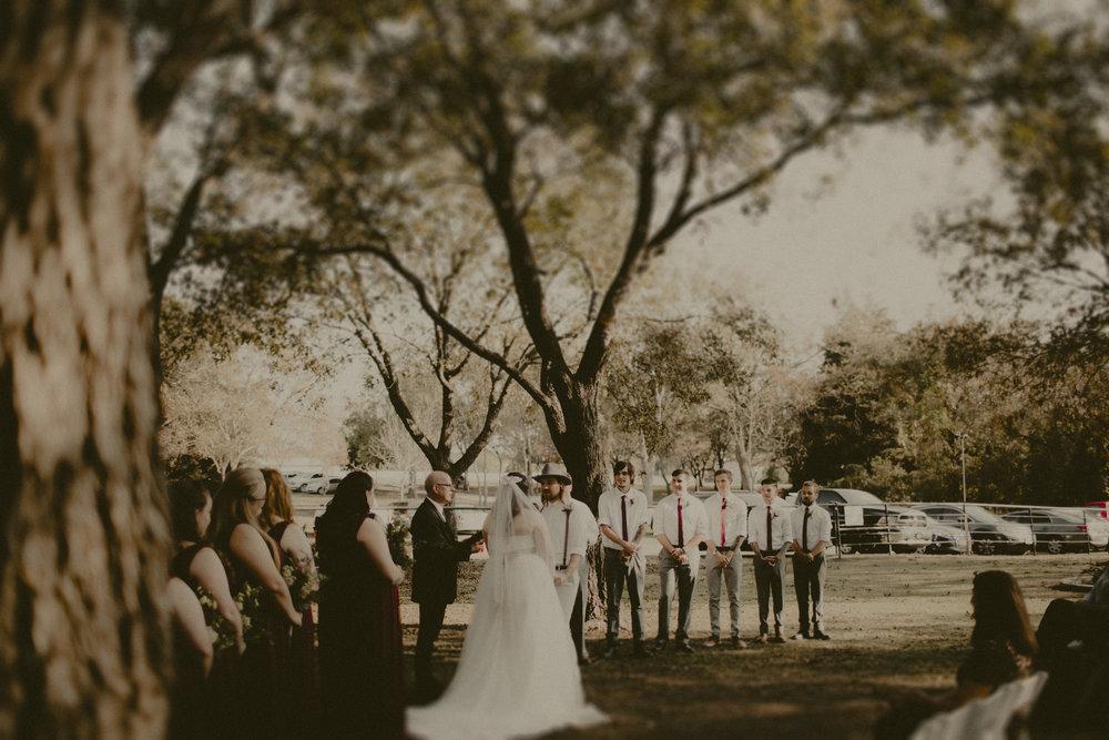 katmalonephoto_zach_emily_dallas_texas_wedding_0097.jpg