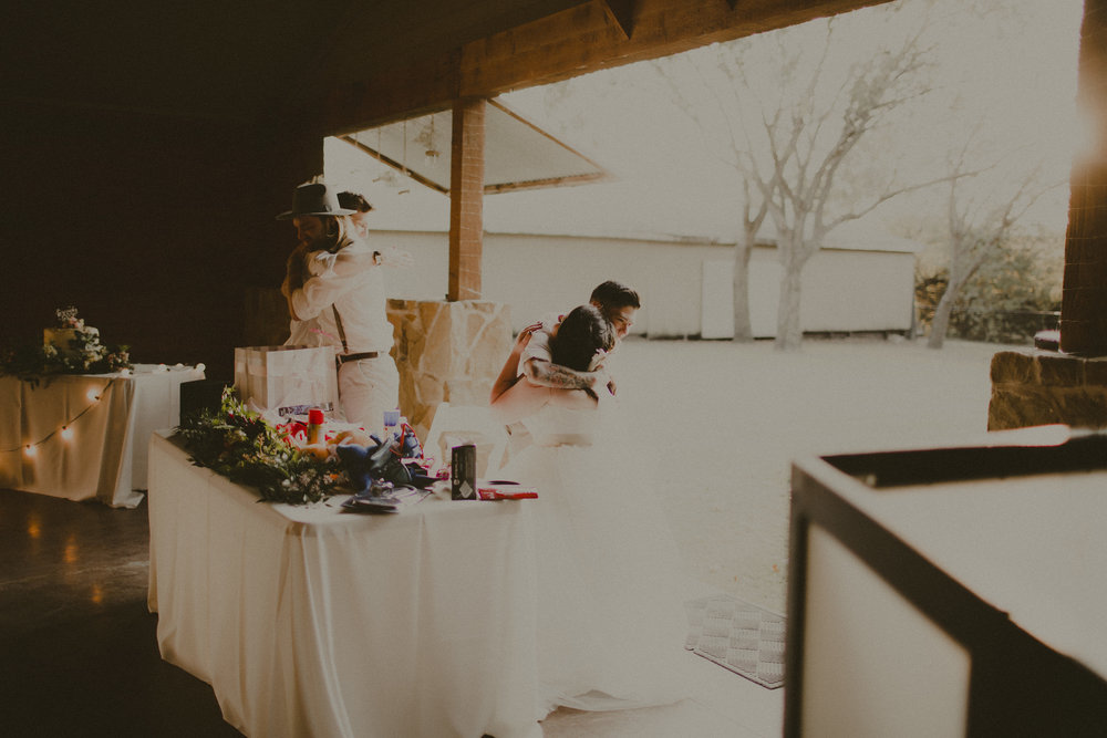 katmalonephoto_zach_emily_dallas_texas_wedding_0223.jpg