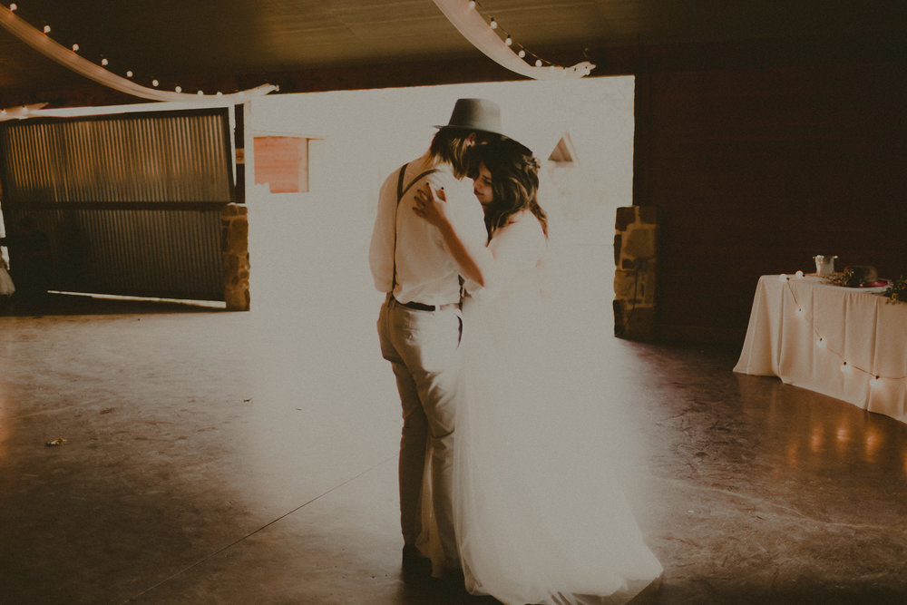 katmalonephoto_zach_emily_dallas_texas_wedding_0235.jpg