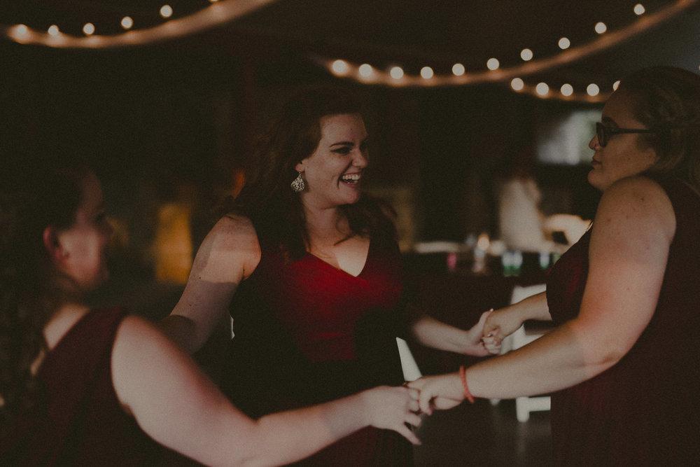 katmalonephoto_zach_emily_dallas_texas_wedding_0253.jpg