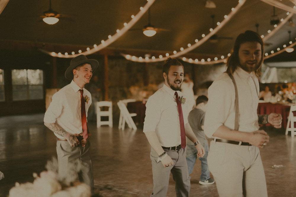 katmalonephoto_zach_emily_dallas_texas_wedding_0261.jpg