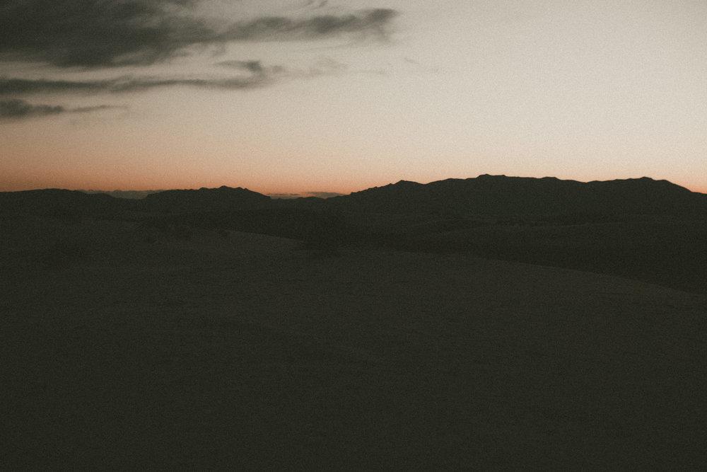 katmalonephoto_jel_zach_new_mexico_engagements_desert_092.jpg