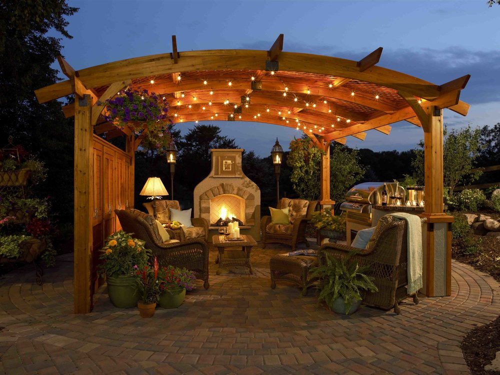holly-graves-homes-outdoor-living.jpg
