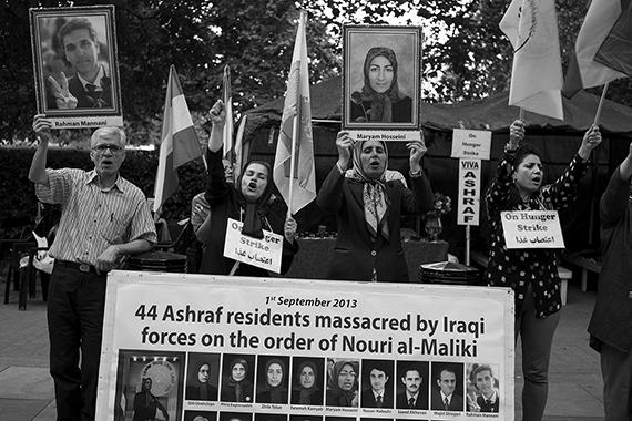 IranProtest_London001