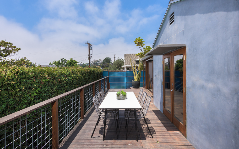 1717 Sunset Ave, Santa Monica 90405- Michelle Oliver Luxury Real Estate