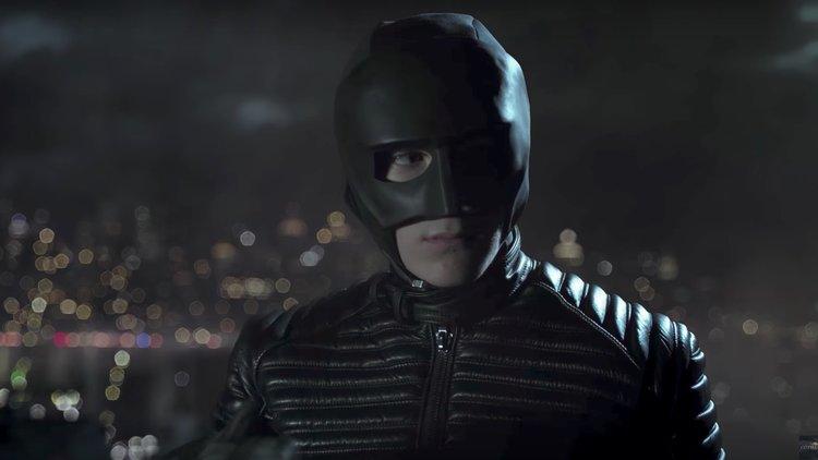 bruce-waynes-batman-prototype-suit-gotham-season-4.jpg