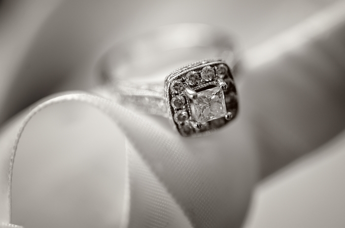 buying-an-engagement-ring-101 | jeffrey-house-photography