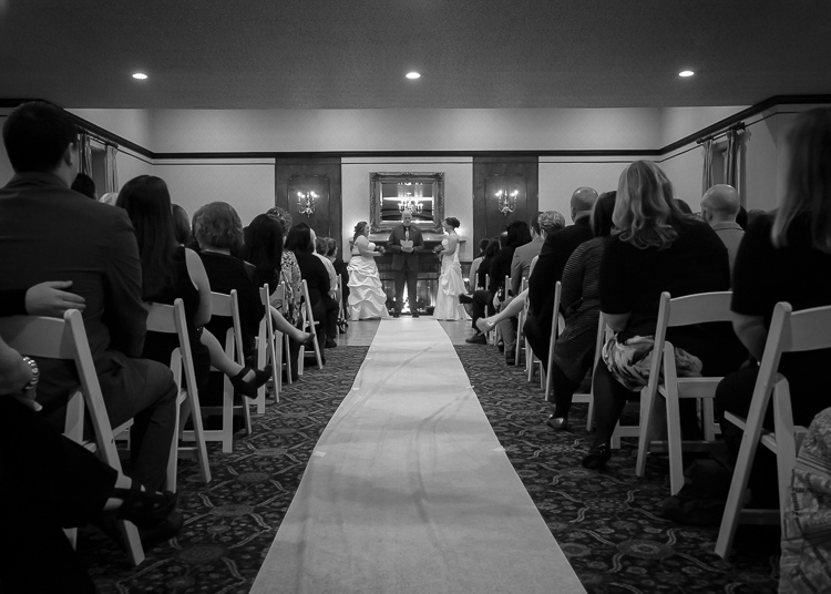 what-to-look-for-in-a-wedding-officiant | jeffrey-house-photography