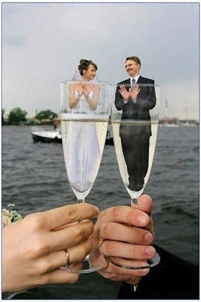 awkward-engagement-and-wedding-photos