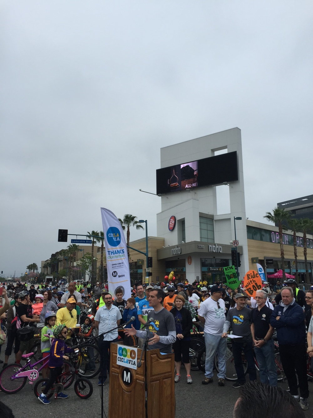 2015 CicLAvia in the Valley