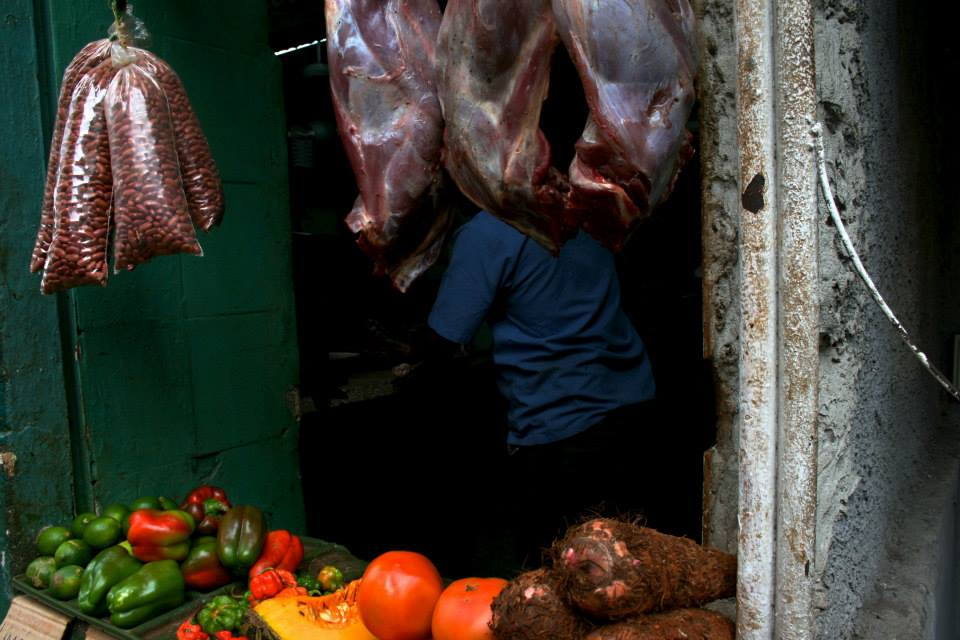Butcher shops in Havana would struggle to achieve the A sanitation rating if they were located in NYC.