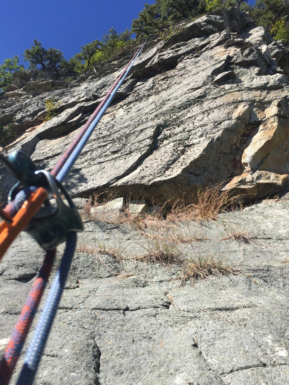 The tallest cliffs at the Gunks are right around 70m, which makes for some really great double rope raps!