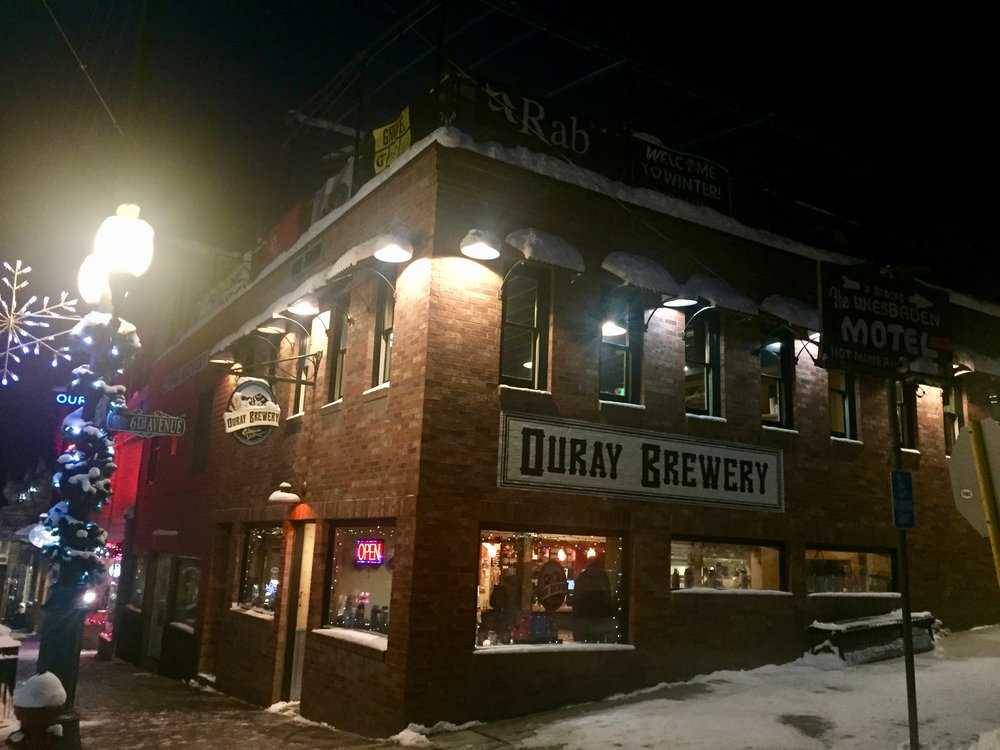 One of the climbers hangouts, Ouray Brewery. Also the first bar I'v been to where most of the clients are wearing mountaineering boots.