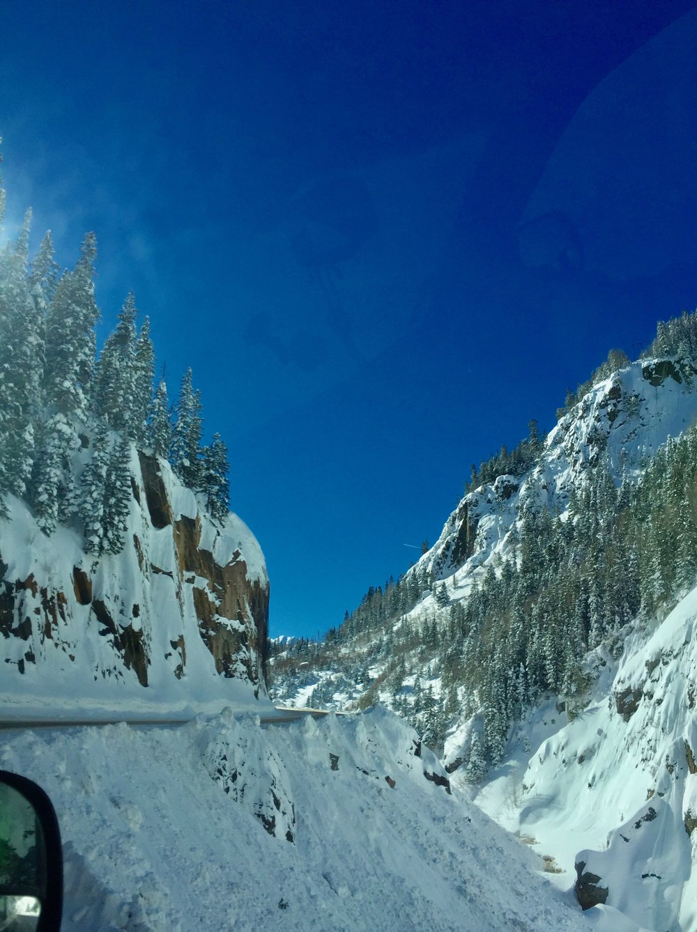 The Million Dollar Highway. No guardrails!