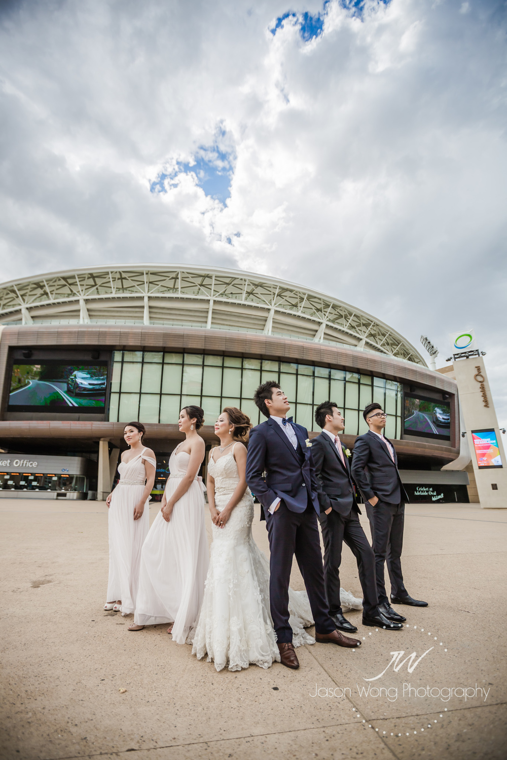 adelaide-oval-bridal-party-photoshoot.jpg
