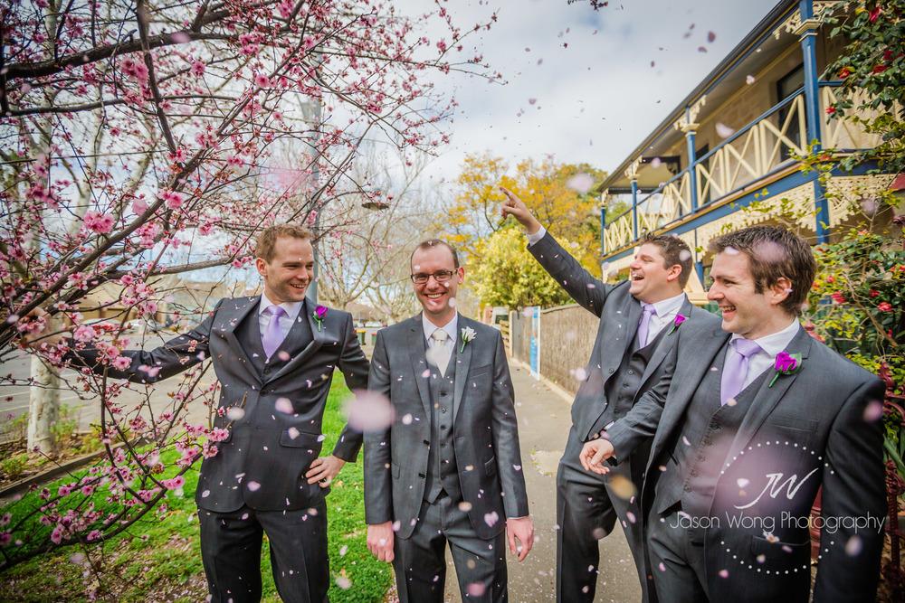 groom-cover-by-cherry-blossom-tokyo-feel.jpg