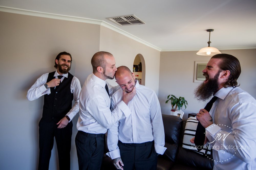 groomsmen-having-fun.jpg