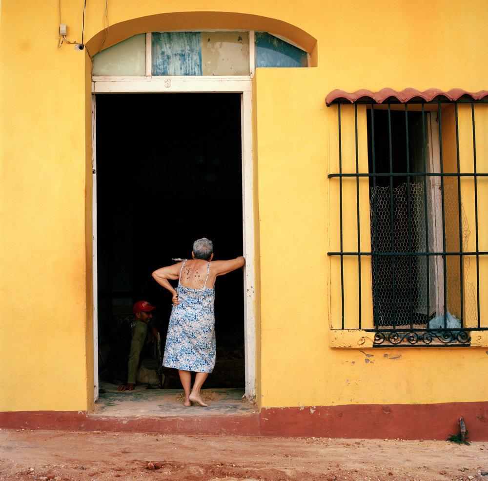 25trinidad_woman2.jpg