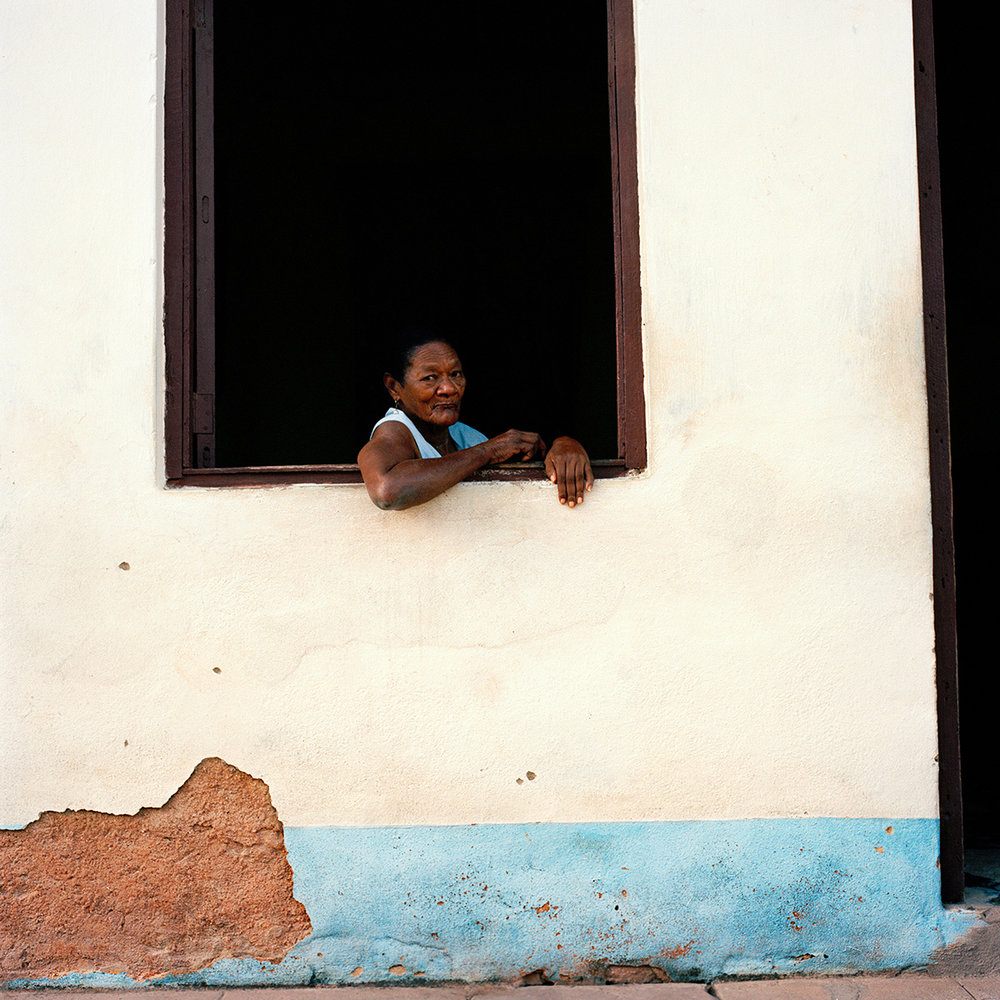 39trinidad_woman_window2.jpg