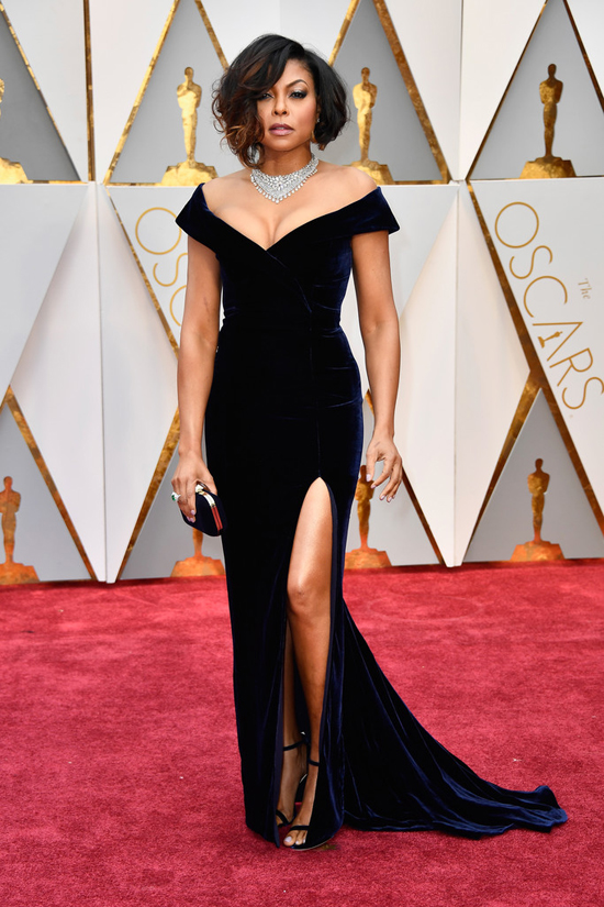 Taraji-P-Henson-Oscars-2017-Red-Carpet-Fashion-Alberta-Ferretti-Tom-Lorenzo-Site-2.jpg