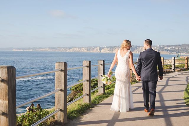 Lovely teasers from V+C wedding day 💕 | La Jolla, CA . . . . #weberlanewedding #jasminenakasonephotography #lifeisbeautiful #sdwedding #lajolla #socal #socalwedding #sandiegowedding #bride #weddinginspiration #candid #loveislove #brideandgroom #intimatewedding #socalphotographer