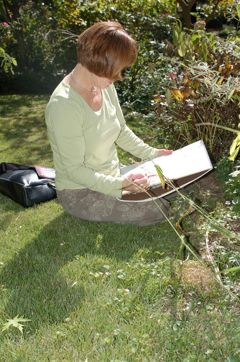 Tina Thieme Brown Sketching