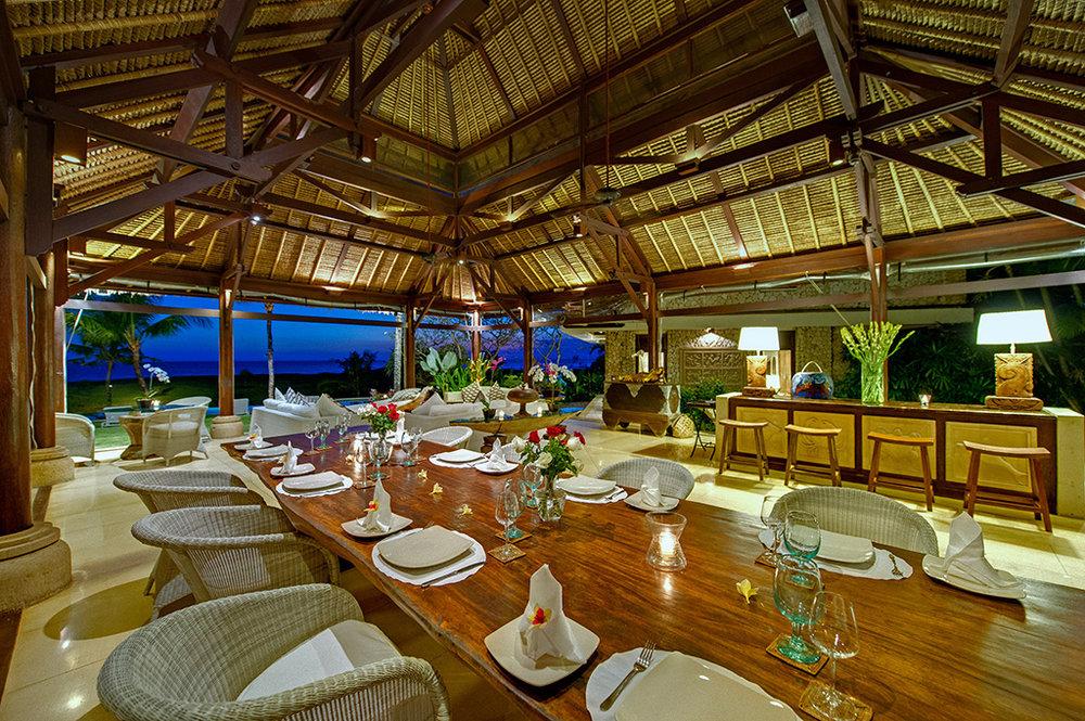Sungai-Tinggi-Beach-Villa-Dining-set-up.jpg