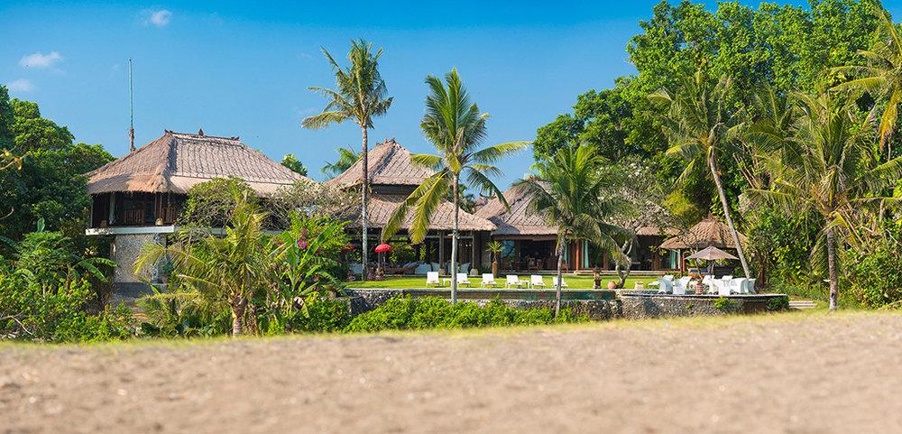 Sungai-Tinggi-Beach-Villa-The-villa.jpg