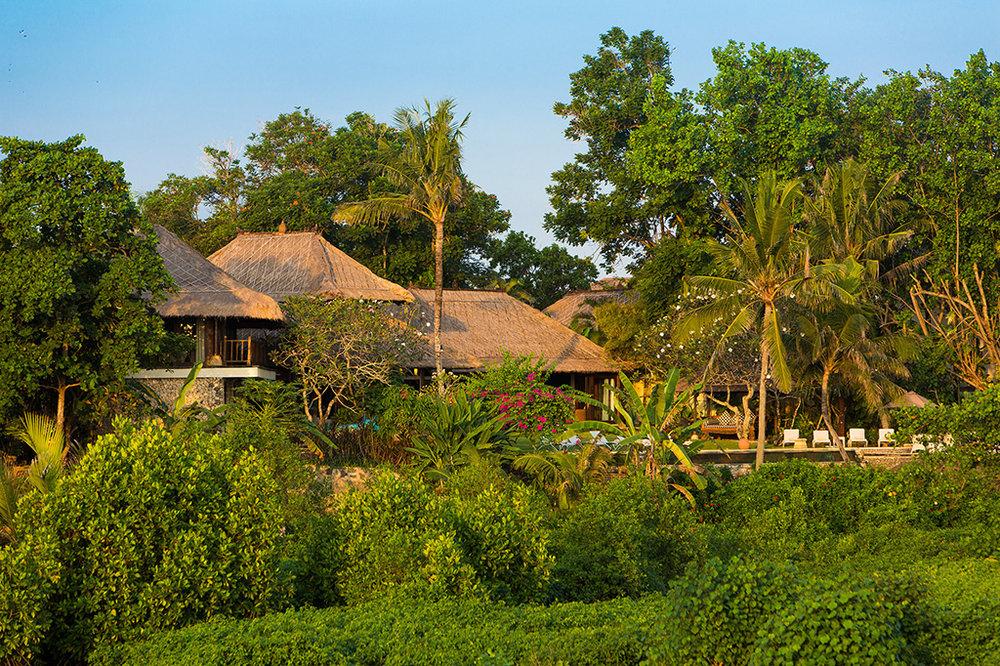 Sungai-Tinggi-Beach-Villa-Traditional-villa-with-mature-garden.jpg