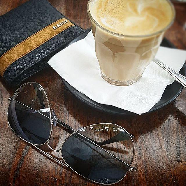 #lovesundays #perfectstart #coffeefix #relaxtime #piato  #stripeproperty