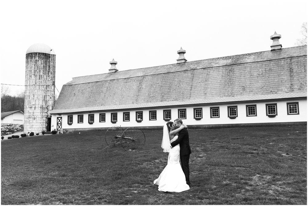 Perona-Farms-Outdoor-NJ-Barn-Farm-Wedding-Photo-_0099.jpg
