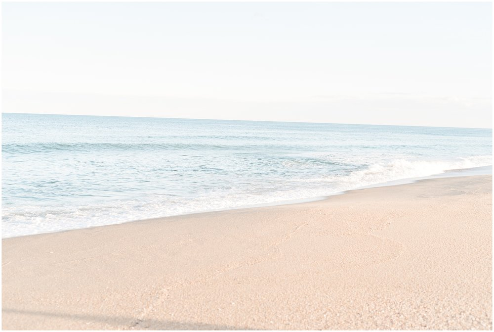 Travel-theme-destination-tropical-beach-airplane-punta-cana-engagement-photo-_0026.jpg