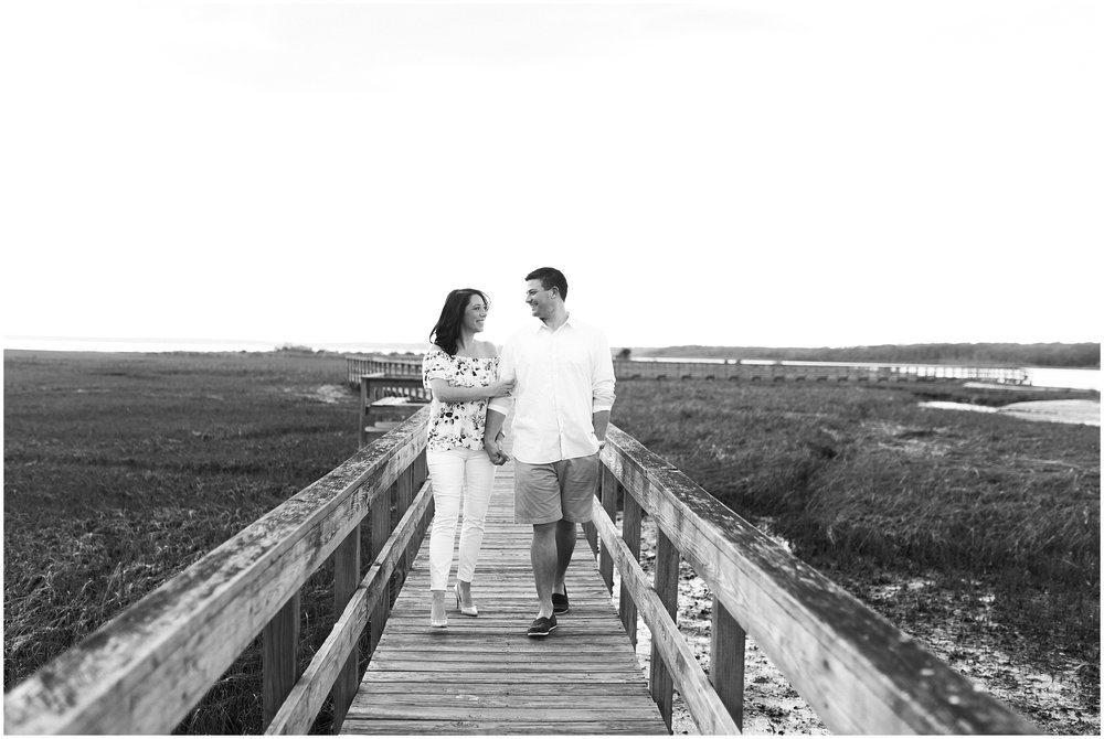 Southampton-The-Hamptons-New-York-Beach-Summer-Engagement-Photo-_0003.jpg
