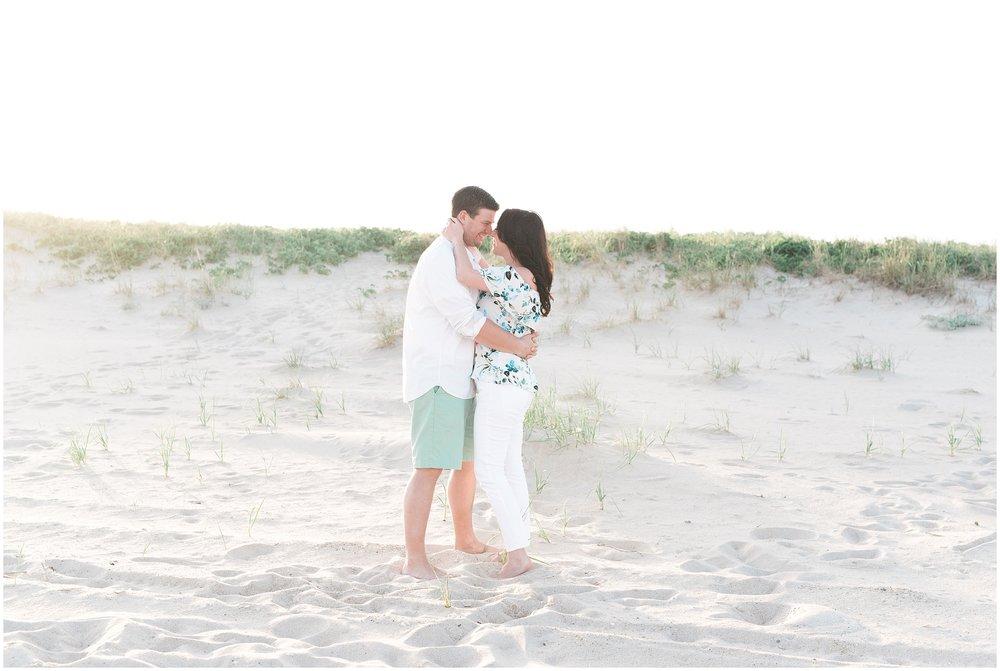 Southampton-The-Hamptons-New-York-Beach-Summer-Engagement-Photo-_0046.jpg