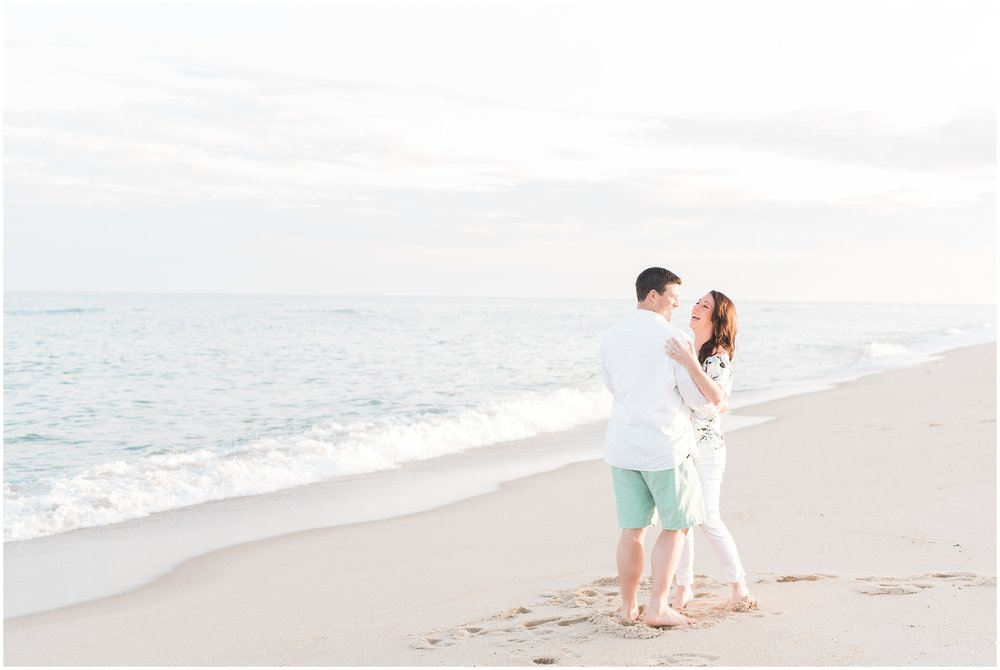 Southampton-The-Hamptons-New-York-Beach-Summer-Engagement-Photo-_0058.jpg