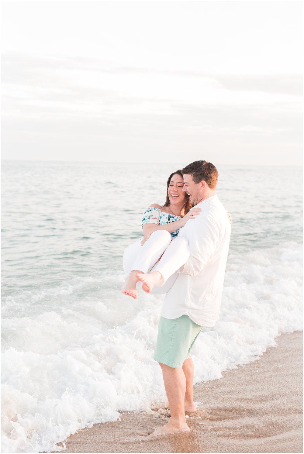Southampton-The-Hamptons-New-York-Beach-Summer-Engagement-Photo-_0075.jpg
