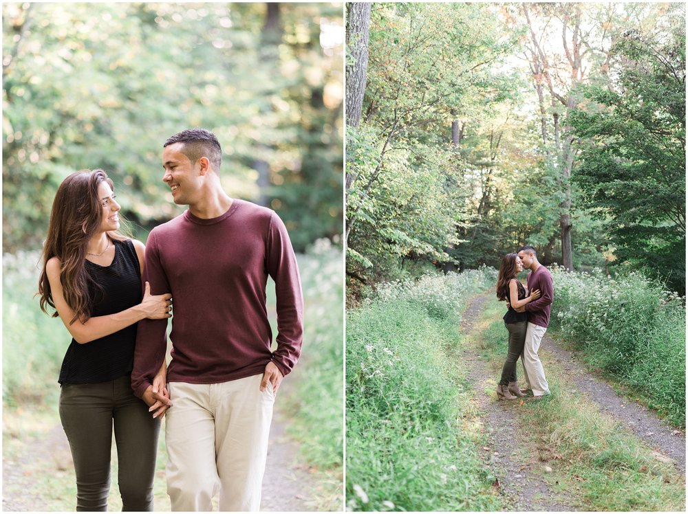 New-Paltz-NY-Mohonk-Mountain-House-Fall-Engagement-Session-Photo_0006.jpg