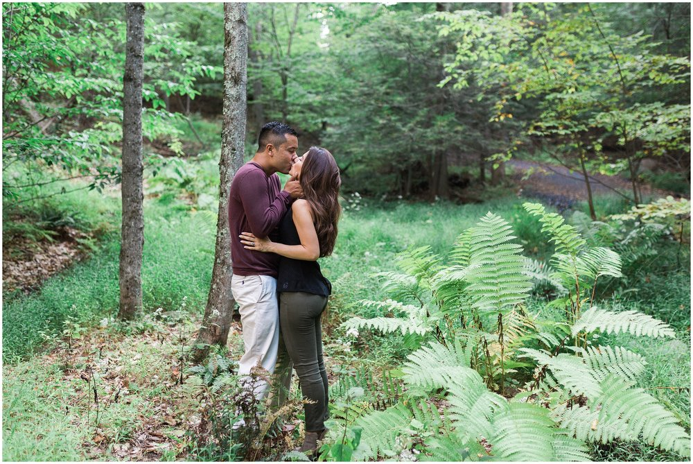 New-Paltz-NY-Mohonk-Mountain-House-Fall-Engagement-Session-Photo_0016.jpg