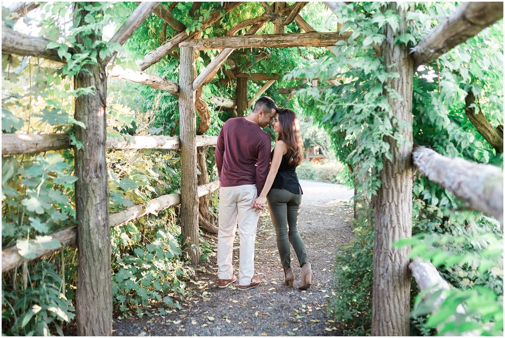 New-Paltz-NY-Mohonk-Mountain-House-Fall-Engagement-Session-Photo_0034.jpg