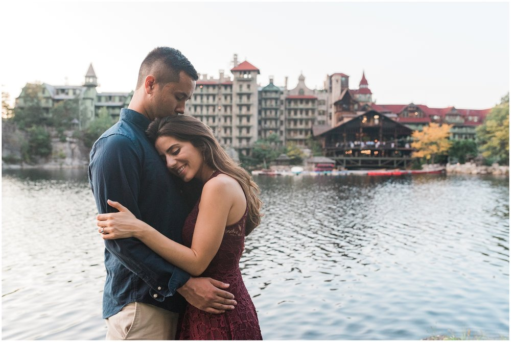 New-Paltz-NY-Mohonk-Mountain-House-Fall-Engagement-Session-Photo_0059.jpg