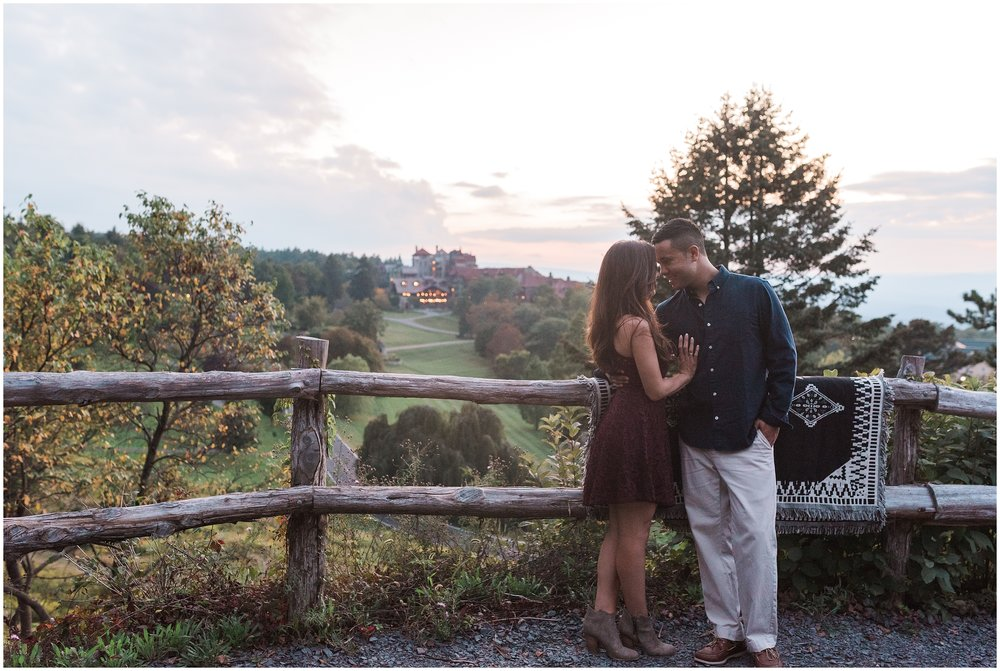 New-Paltz-NY-Mohonk-Mountain-House-Fall-Engagement-Session-Photo_0089.jpg