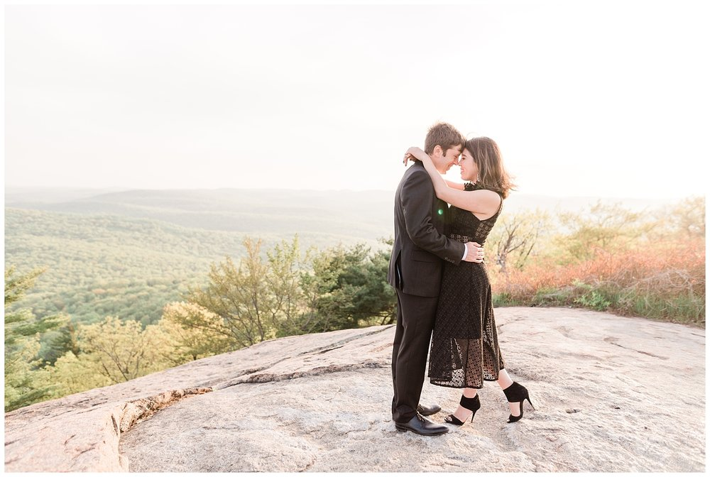 Bear-Mountain-NY-Mountaintop-Engagement-Session-Photo-_0027.jpg