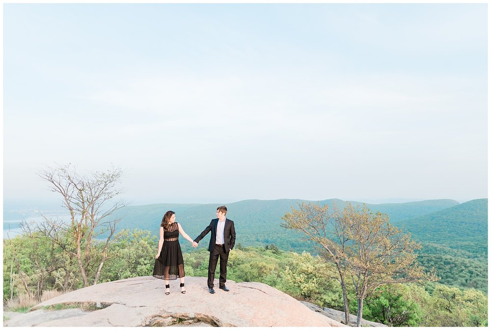 Bear-Mountain-NY-Mountaintop-Engagement-Session-Photo-_0036.jpg