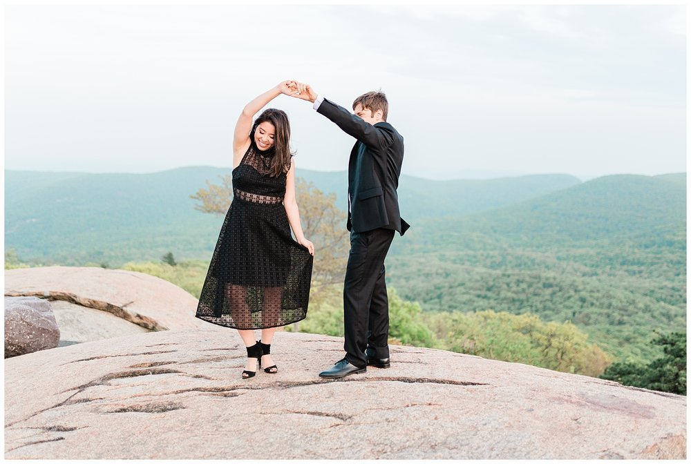 Bear-Mountain-NY-Mountaintop-Engagement-Session-Photo-_0072.jpg