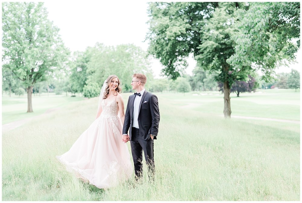 Upper-Montclair-Country-Club-Pink-Wedding-Dress-Outdoor-Photo-_0110.jpg