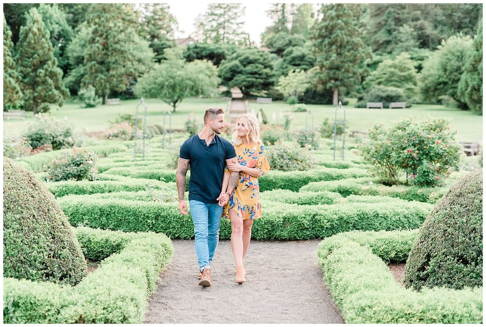 Deep-Cut-Gardens-Greenhouse-Engagement-Session-NJ-Photo-_0071.jpg