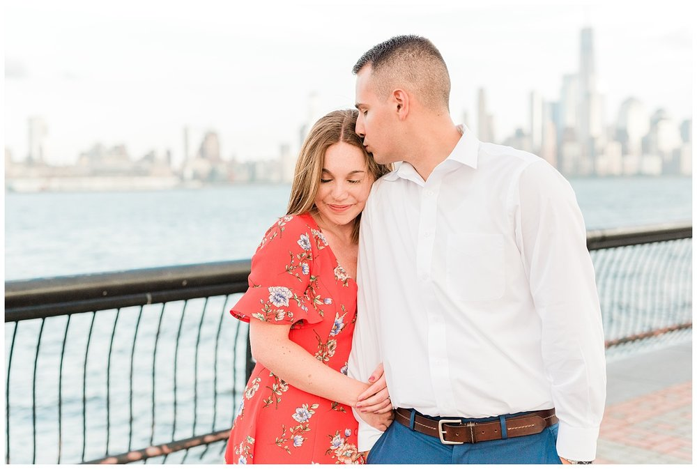 Hoboken-Waterfront-Engagement-Session-City-Photo_0011.jpg